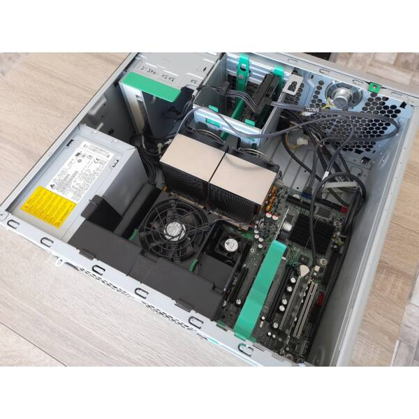 HP WORKSTATION XW6600, 2x Xeon,8GB,160GB HDD, 512MB VGA
