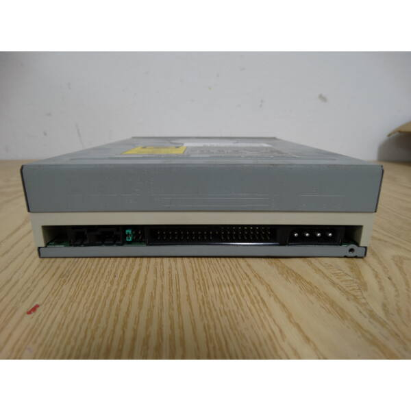 LiteOn LTN 486S - CD-ROM 48x drive - IDE